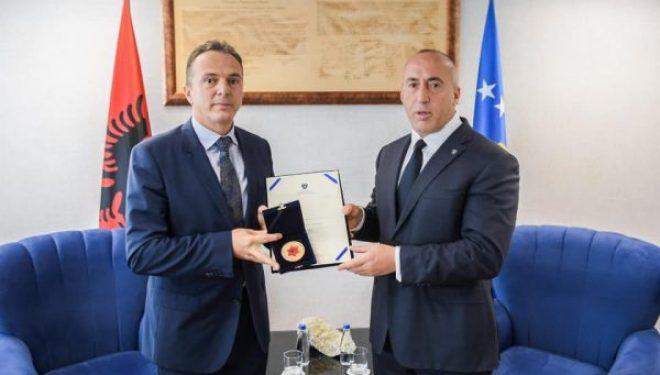 Haradinaj tregon arsyet e dorëheqjes së Shpend Maxhunit nga posti i drejtorit të AKI-së
