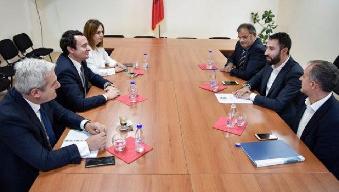 Deputeti i IRDK-së, Elbert Krasniqi i bashkohet Grupit Parlamentar të Vetëvendosjes