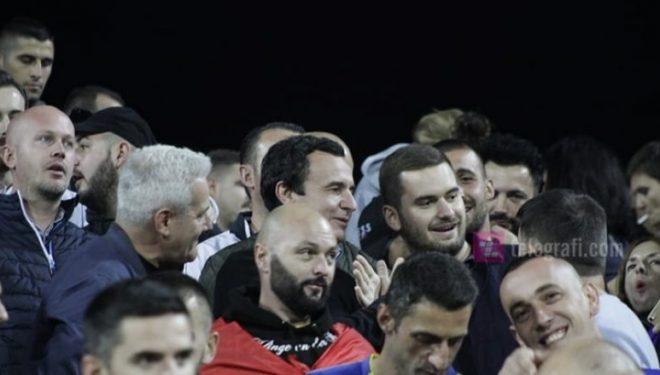 Natyrshëm, Albin Kurti sonte në Fadil Vokrri në përkrahje të Dardanëve
