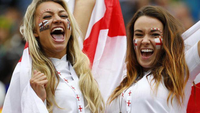 A do t'i shohim nesër tifozet më seksi të Anglisë në stadiumin 'Fadil Vokrri'?