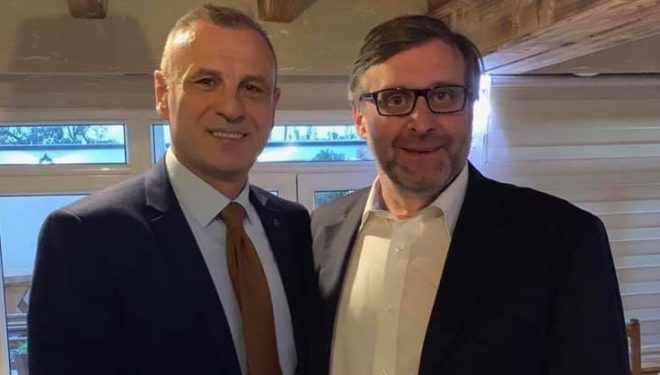 Palmer takohet me Sllobodan Petroviq