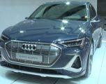 Honda dhe Toyota/ Marrin çmim për makinat e gjelbra në panairin e makinave në Los Angeles