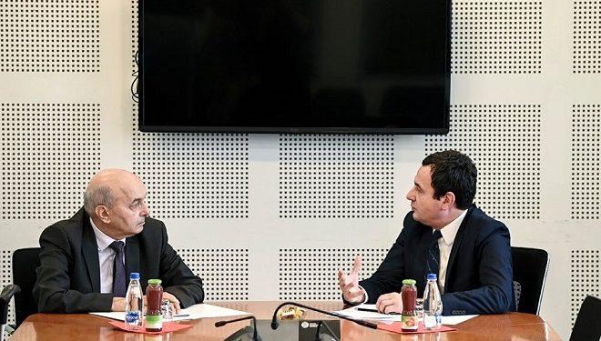Vetëvendosje pranon t'ia japë postin e Presidentit LDK'së, por i do 7 ministri për vete