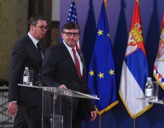 Vucic: Jemi nën presion të madh nga BE-ja dhe SHBA-ja për njohjen e Kosovës