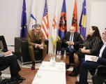 Kryetari Mustafa priti në takim Ambasadorin e Gjermanisë, Heldt