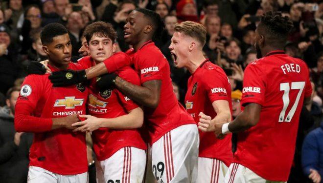 Manchesteri bëhet i kuq! United mund Citizens në Etihad