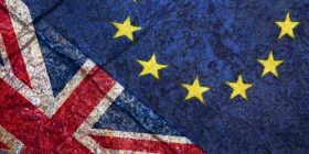 Çfarë ndodh pasi të miratohet projektligji i daljes nga Brexit?