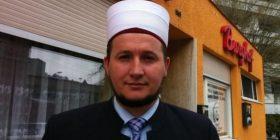 Imamin shqiptar që rrahu dhe dhunoi gruan në Zvicër, vendosin ta debojnë, ja çka po thotë ai