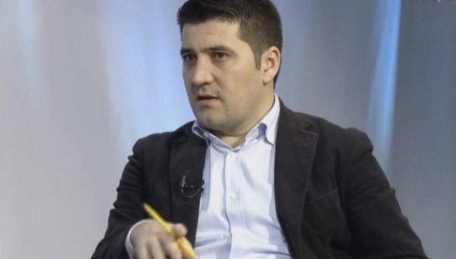 Adrian Çollaku: Negociatat LVV-LDK, pazar politik – fiton ai që reziston më shumë