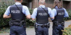 U zhduk më parë, të miturin policia gjermane e gjejnë në dollapin e shtëpisë së pedofilit