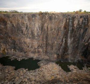 Thahet ujëvara Victoria, ndodh për herë të parë në histori
