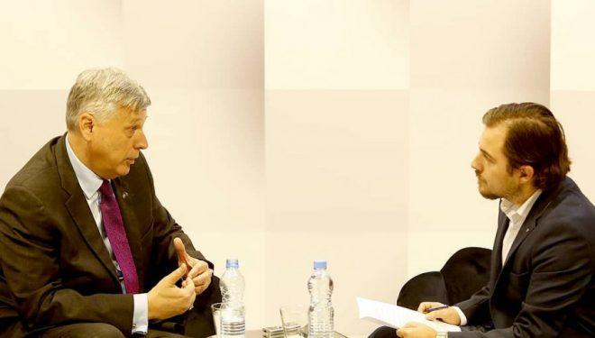 Kosnett: Marrëveshja finale duhet të pranohet nga popujt, jo vetëm nga disa politikanë