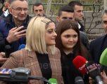 Vizita e Bebe Rexhës në Shqipëri – Nga iniciativa për të ndihmuar vendin amtar, dëshira për ta vizituar Kosovën e deri te krenaria e një ylli botëror me origjinën e saj