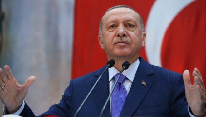 Erdogan pas tërmetit: Me të gjitha mjetet e shtetit po qëndrojmë pranë qytetarëve tanë
