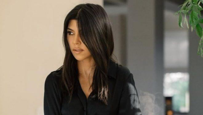 Kourtney Kardashian kapet 'mat' me ish të dashurin