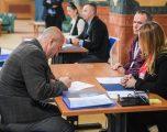 Haradinaj regjistrohet në Kuvendin e Kosovës