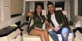 Georginia tërheq vëmendjen me pamjen në 'eventin' e shoqëruar nga Ronaldo