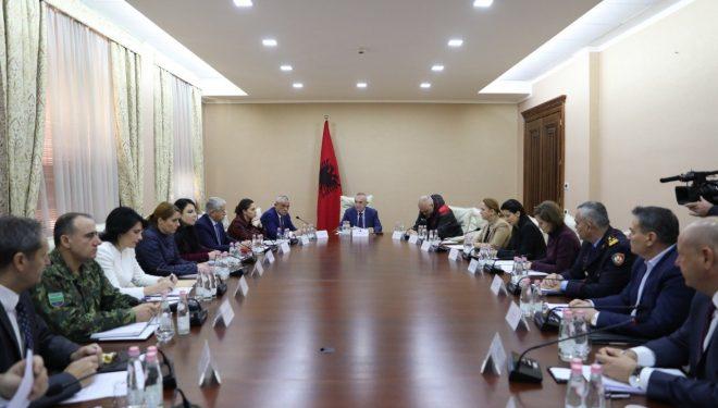 Nis takimi i qeverisë me Presidencën