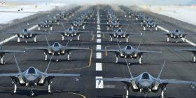 Gati për luftë? SHBA kërcënon Iranin me një paradë avionësh 4.2 miliardë dollarësh
