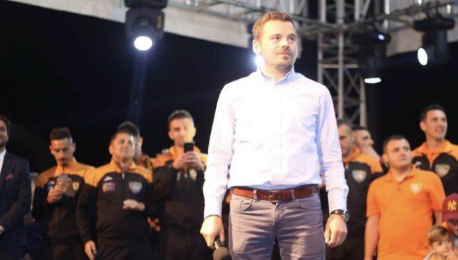 Këtu ka gjithçka, por vetëm futboll, burrëri dhe sinqeritet nuk ka, ka thënë Arsim Kabashi