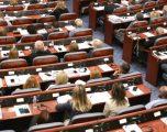 Kuvendi miraton qindra ligje para datës së shpërndarjes