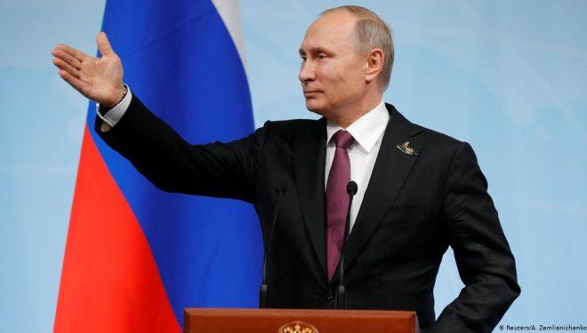 Putin nënshkruan Ligj që i lejon atij qëndrimin në pushtet deri në vitin 2036