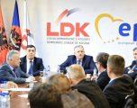 Halil Matoshi e Rron Gjinovci përplasen për LDK-në dhe rolin e Agim Veliut