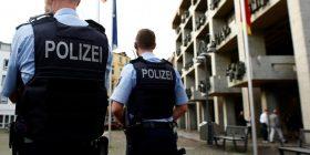 E qëllojnë për vdekje turkun që tentoi t'i sulmonte me thikë policinë në Gjermani