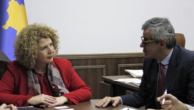 Ministrja Rozeta Hajdari: Kosova ka qenë e detyruar të vendos taksën 100%, së shpejti do të dalim me një propozim të ri