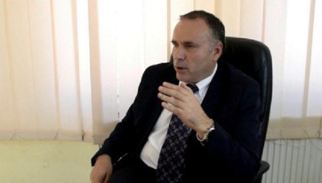 """Konsulli i shkarkuar e quan Konjufcën """"Ministër të Burdushit"""""""