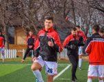 Babai i futbollistit serb thotë se i biri do të luajë për Kosovën, për përjashtimin nga puna nuk flet