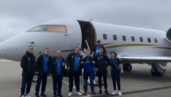Koronavirusi: Boksierët e falënderojnë Pacollin që ua mundësoi kthimin në Kosovë me aeroplan privat