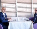 Përfundon takimi Haradinaj-Mustafa, AAK mbështet mocionin për rrëzimin e Qeverisë