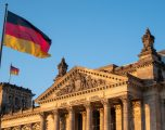 Deputetët gjermanë kërkojnë nga përgjegjësit në Kosovë që të garantojnë vazhdimësinë e funksionimit të qeverisë
