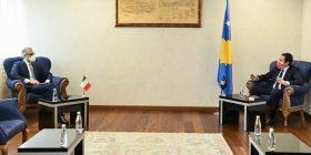 Ambasadori italian mirëpret heqjen e taksës: Dialogu duhet të fillojë sa më shpejt