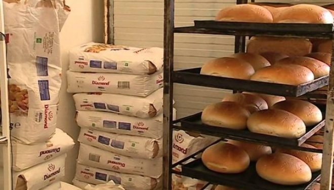 Lirohen përkohësisht nga TVSH-ja importet e grurit dhe miellit