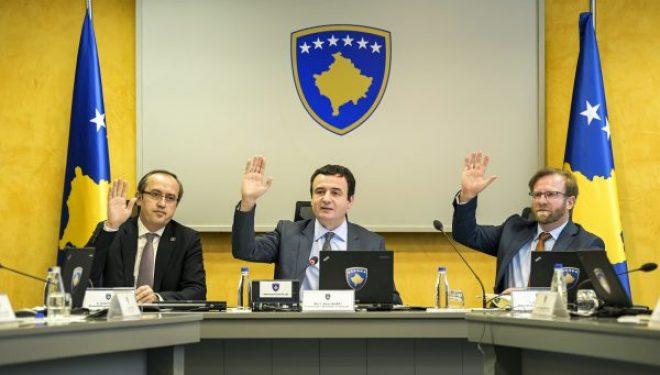 Mbyllen të gjithë kufijtë tokësorë – përveç për shtetasit e Kosovës
