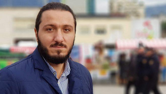Prodhuesit mos të paguajnë TVSH pa i akrëtuar të hyrat, ka kërkuar nga Qeveria binsesmeni Pirro Piraj