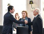 Borrell i lumtur për heqjen e plotë të tarifës nga qeveria e Kosovës