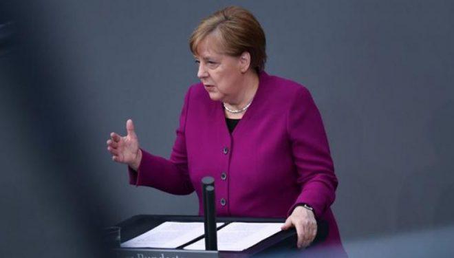 Merkel: Vaksinimi çelësi për kapërcimin e pandemisë
