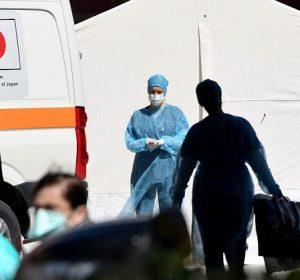 Një grua në gjendje të rëndë nga 43 të hospitalizuarit me COVID-19 në Klinikën Infektive