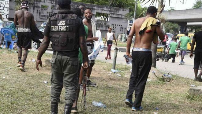 Policia vret 18 njerëz për të vënë në zbatim masat e koronavirusit, vetë pandemia ka shkaktuar 12 viktima