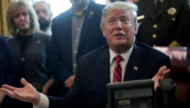 Është duke përgatitur një rregullore Trump për rrjetet sociale