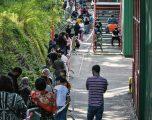 Gjeneva, në qytetin e milionerëve kolona kilometërshe e njerëzve duke pritur të marrin ushqim falas