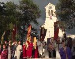 Arrestimi i priftërinjëve nxit trazira në Mal të Zi