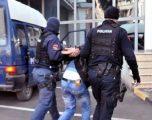 E goditi policin pasi i vendosi gjobë, pranga 34-vjeçarit