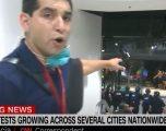 Dy oficerë policie janë plagosur gjatë demonstratave,  raportoi nga vendngjarja gazetari i CNN