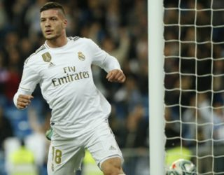 """Jovic pranon ofertën e Milanit, """"topi"""" kalon te Real Madrid"""