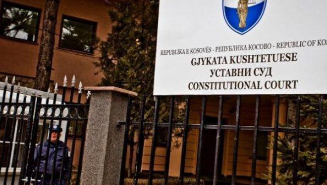 Avokati Koci: Kushtetuesja e ka pezulluar dekretin e presidentit për Avdullah Hotin