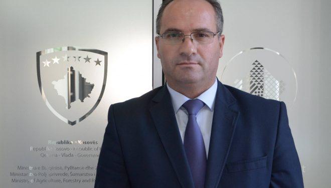 Gastronomet nuk po zbatojnë rekomandimet, ministri Krasniqi paralajmëron mbylljen e lokaleve